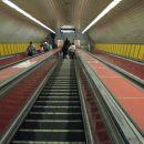 S stopnicami v podzemno - hitre so!