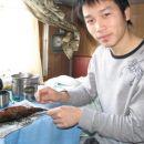 Tudi Zhuang si je privoscil svojo porcijo - ni bila najbolj okusna.