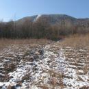 Na polje je prineslo sneg, na strmine pa se ne ...