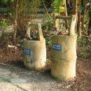 Kosa za smeti, imitacija bambusa.